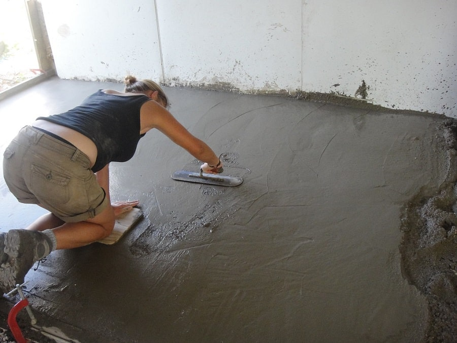 Levelling Screed Floor